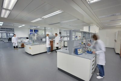 Laborraum_Personen_4